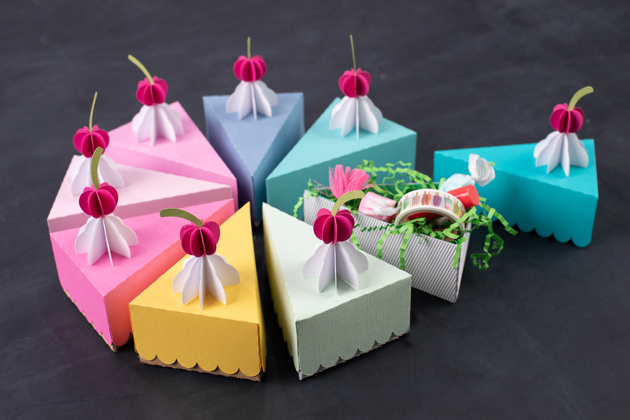 Featured Image for カットケーキボックス (#3684)